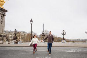 Lovestory photographer in Paris. Alexandre 3 bridge photo session