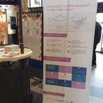 hall de la gare, un kakemono explique les travaux de prolongement du RER E