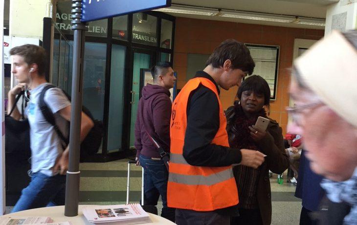 Eole à la rencontre des voyageurs avec les agents de la gare de Poissy – septembre2018