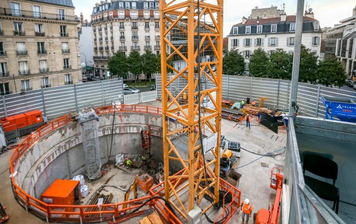 Le chantier du creusement du puits de secours place Gouraud en images