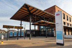 photo du nouveau bâtiment voyageurs à Mantes-la-Jolie