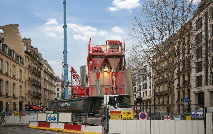 Reprise progressive d'activités du chantier Friedland à Paris 8ème
