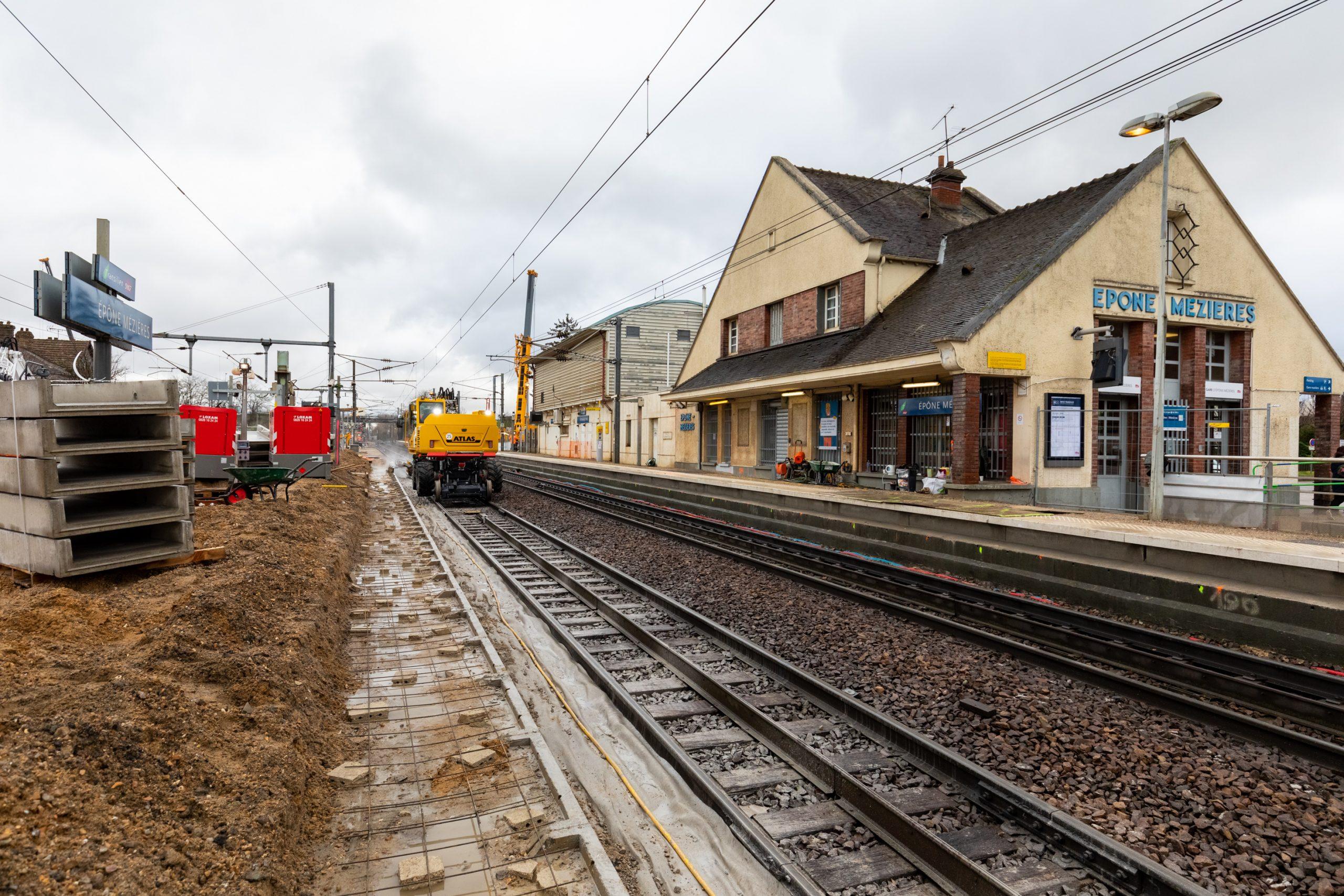 Gare d'Epône-Mézières