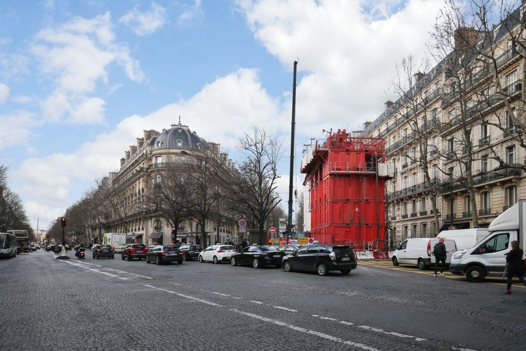 Le Puits Messine et son emprise travaux sont situés à l'intersection entre l'avenue de Messine et le Boulevard Haussmann.