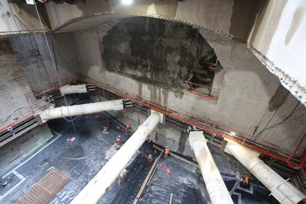Travaux préparatoires pour le passage du tunnelier et début de la gare souterraine