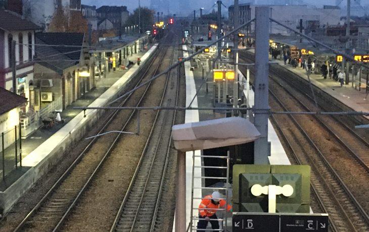 Vue des quais rénovés de la gare