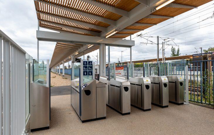 Accès secondaire rénové de la gare