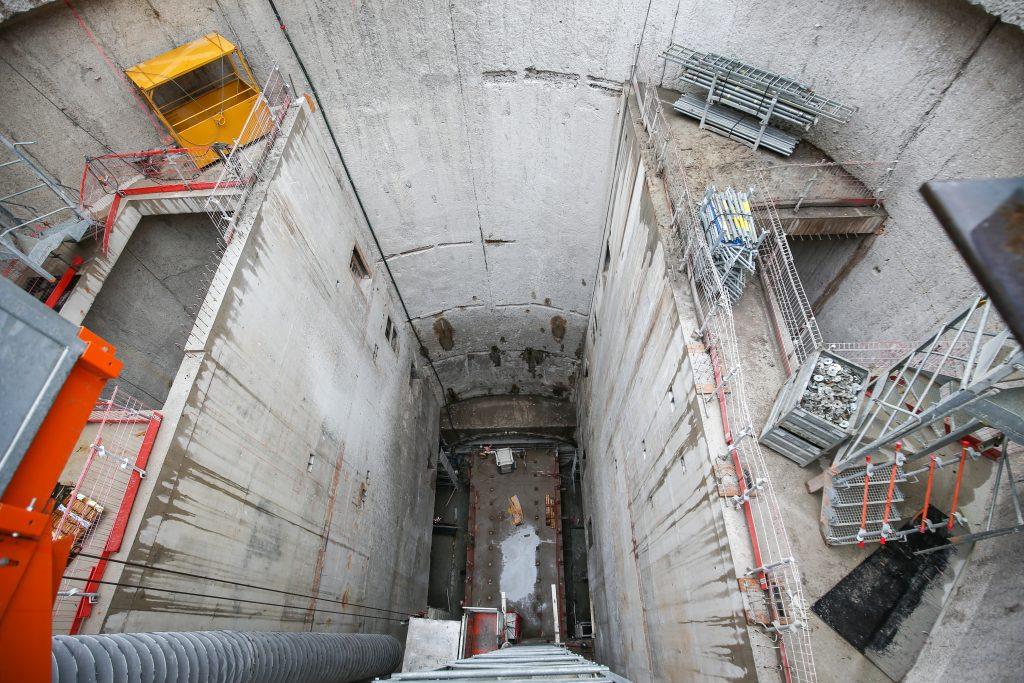 Vue de l'intérieur du puits