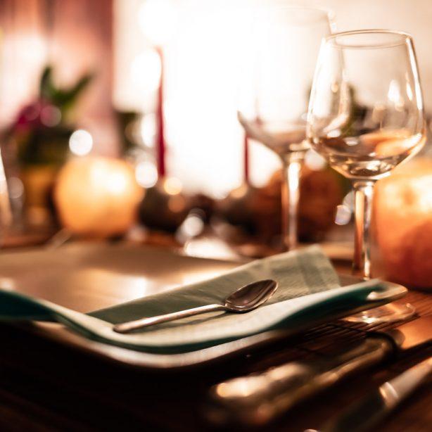 La Vieille Maison - Halte Gourmande - un séjour d'une nuitée en chambre du balcon avec petit déjeuner et diner terroir (hors boissons)