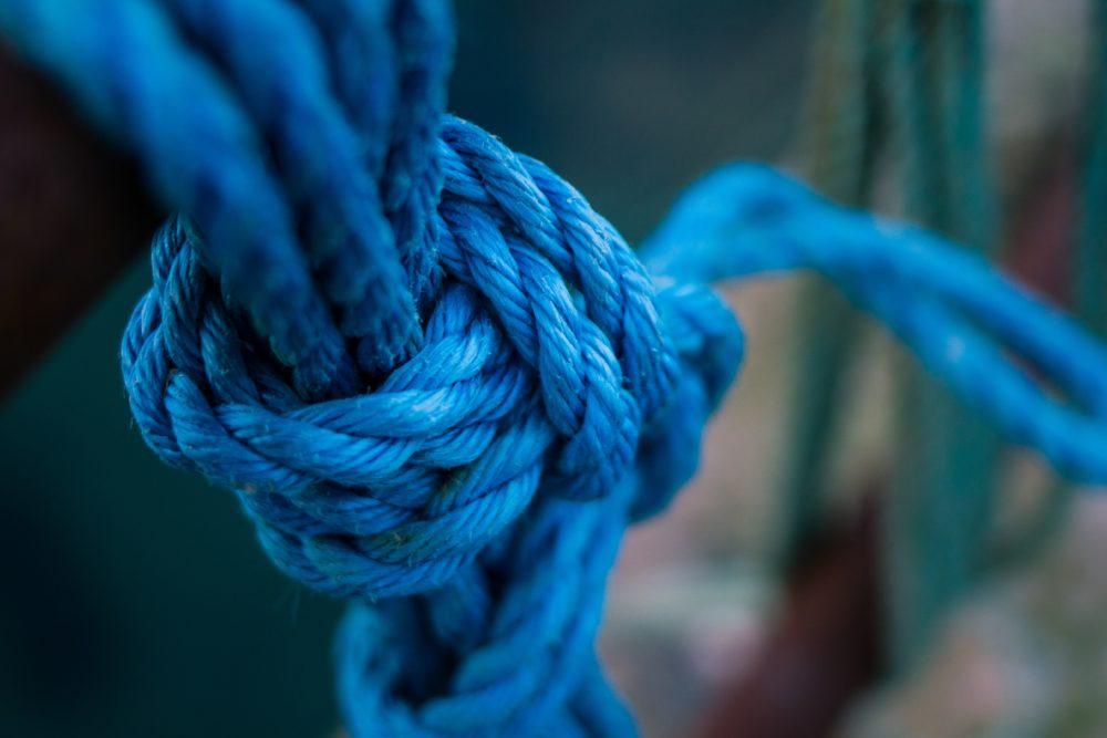 noeud confiance bleu