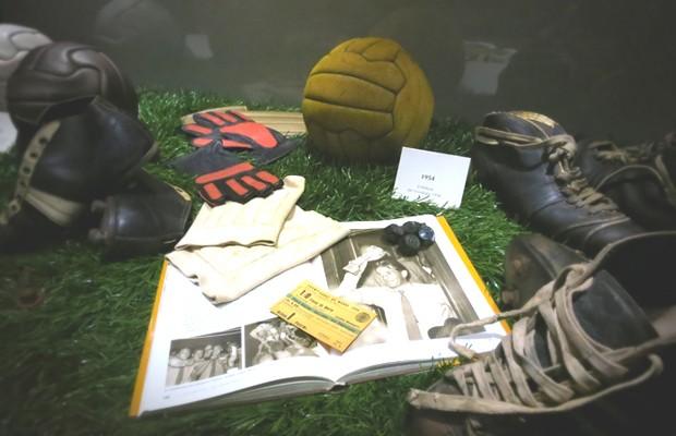 Cimeli del mondiale del 1954 giocato in Svizzera