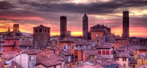 Bologna, Via Zamboni e Via delle Belle Arti