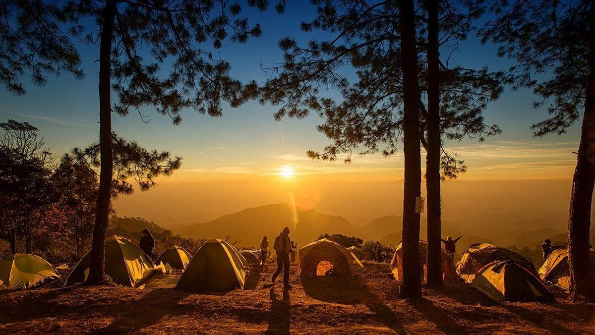 Migliori Posti dove Campeggiare in Italia - Destinazioni Consigliate