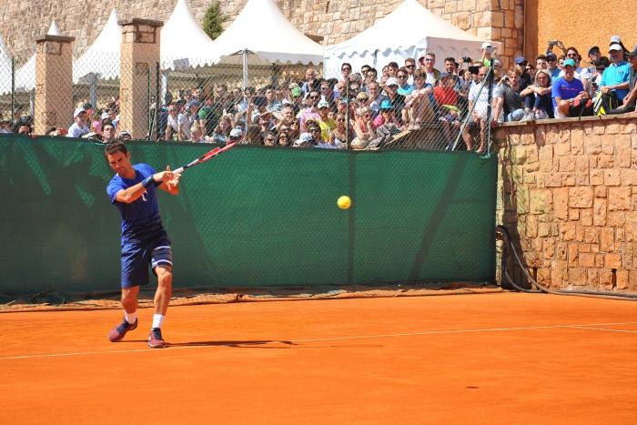 Retour gagnant pour Roger Federer
