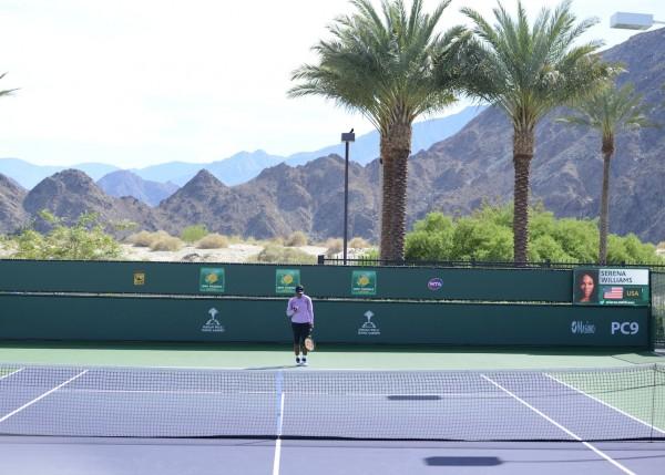 Derrière Serena Williams, le désert...