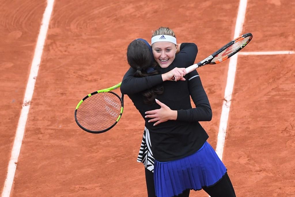 Vidéos : l'exploit Mladenovic-Garcia à Roland-Garros