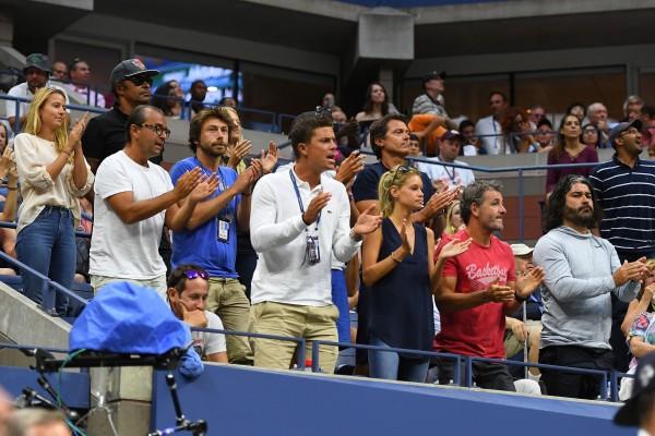 """Le """"clan"""" Lucas Pouille en folie durant sa victoire contre Nadal :"""