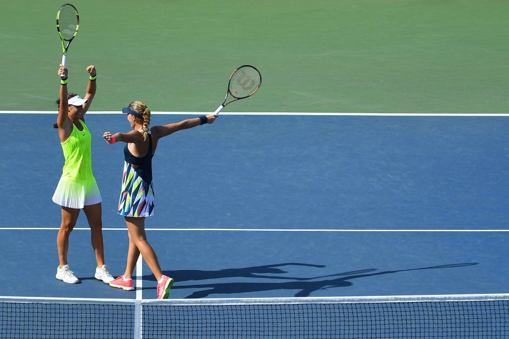 Video : Mladenovic et Garcia intraitables