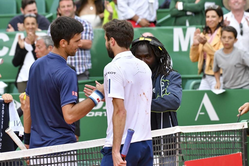 Monte Carlo : Des sueurs froides pour Djokovic face à Simon