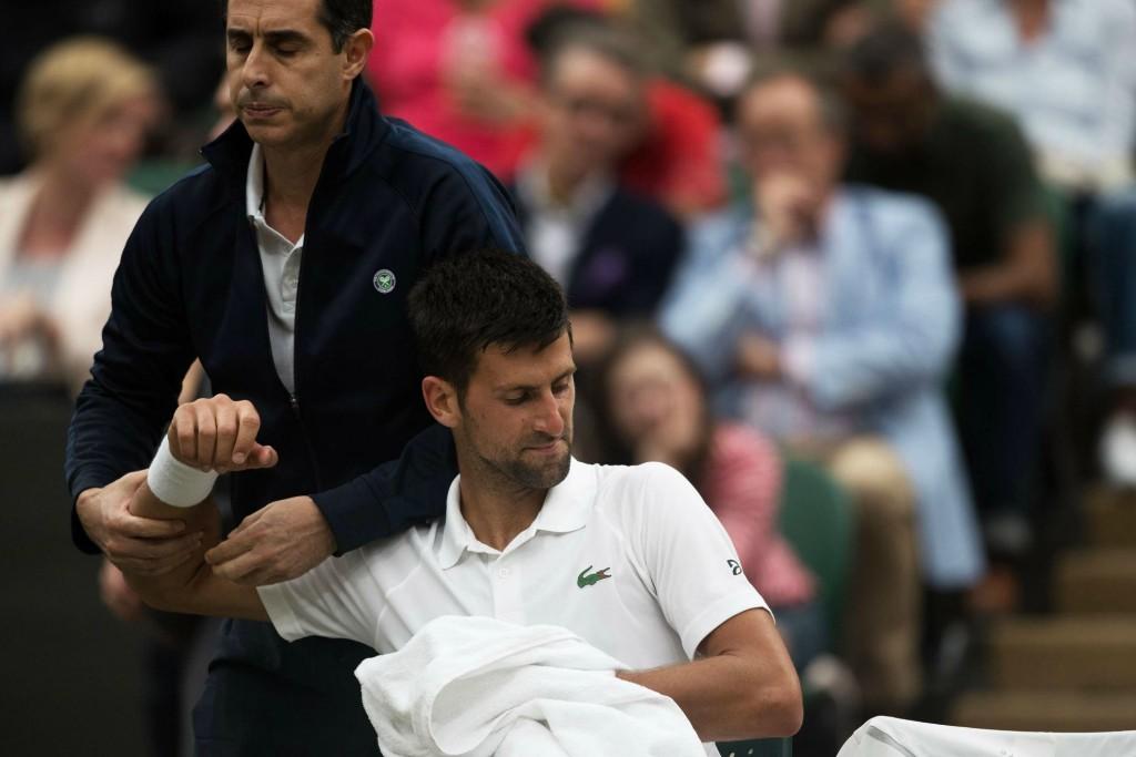 Wimbledon (vidéo) : L'abandon de Djokovic contre Berdych