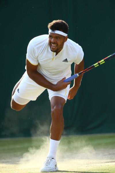 Jo-Wilfried Tsonga, parti en panache de fumée à Wimbledon...