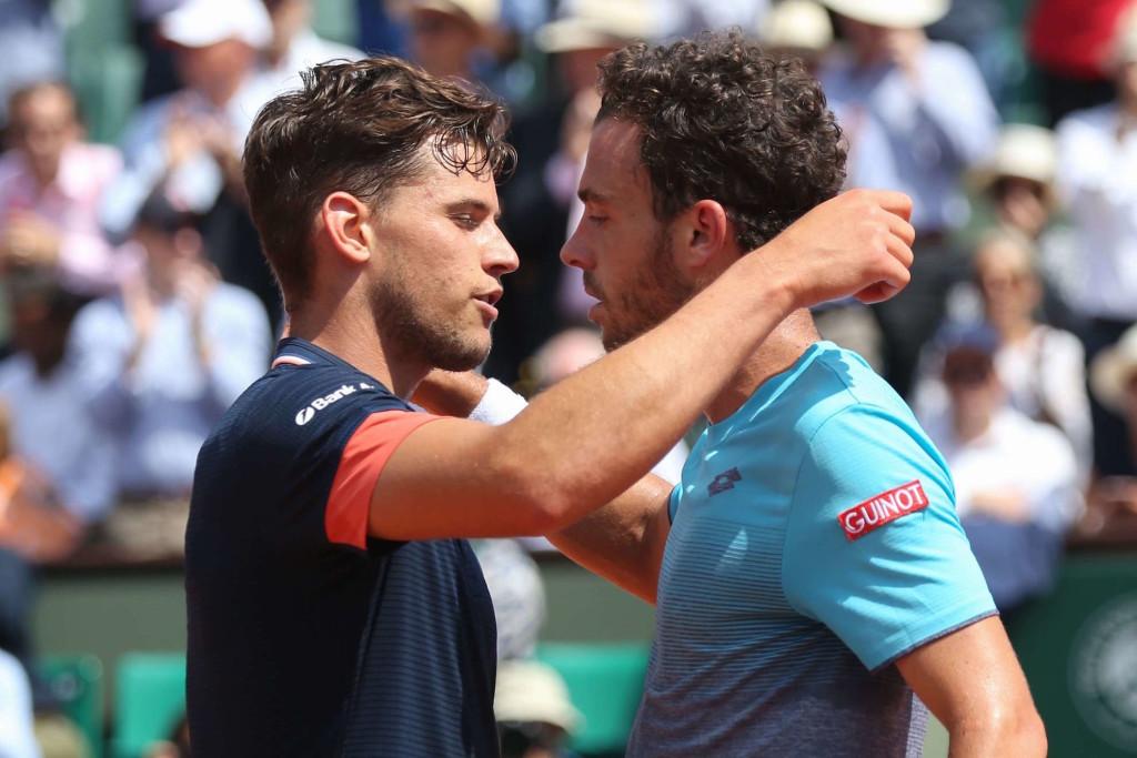 Roland-Garros : Thiem domine Cecchinato en demi-finales