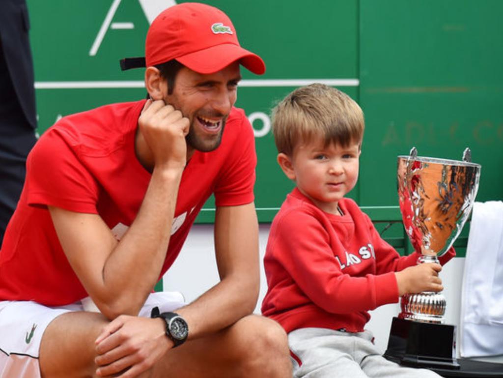 """Djokovic s'échappe en tête du """"papalmarès"""" des Grands Chelems !"""
