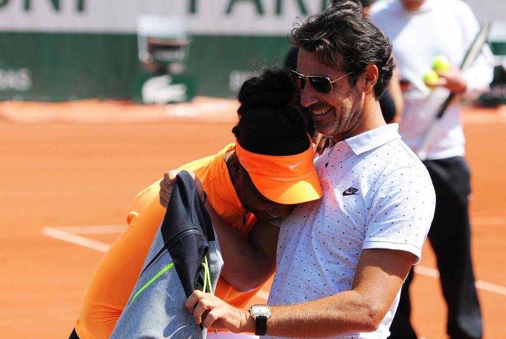 Roland Garros 2016 – Belle complicité entre Serena et Patrick