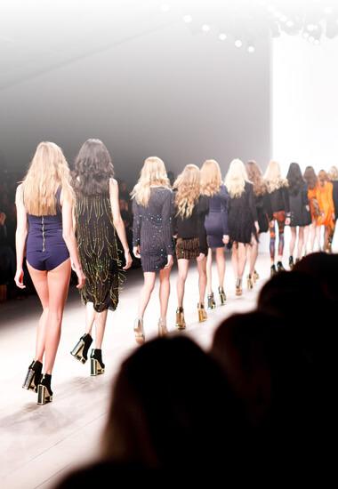 Fashion Week The Village : 15 looks pour défiler !