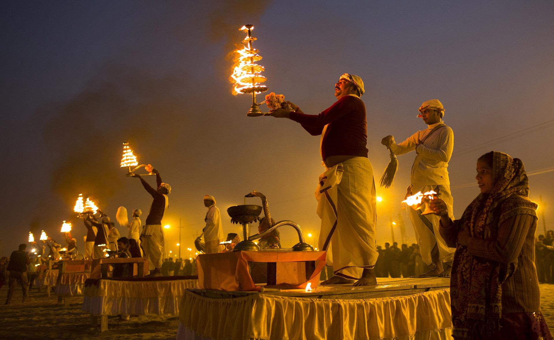 JOUR 2 : DELHI – HARIDWAR (TRAIN) – ROUTE VERS RISHIKESH