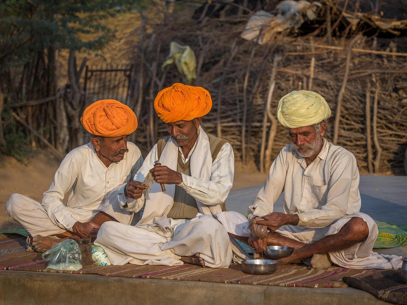 Jour 4: Jaisalmer - Bharadia - Départ de votre méharée à Jambha (170Km/3-4h)