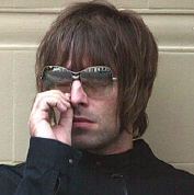 19_11_2004_liamgallagher