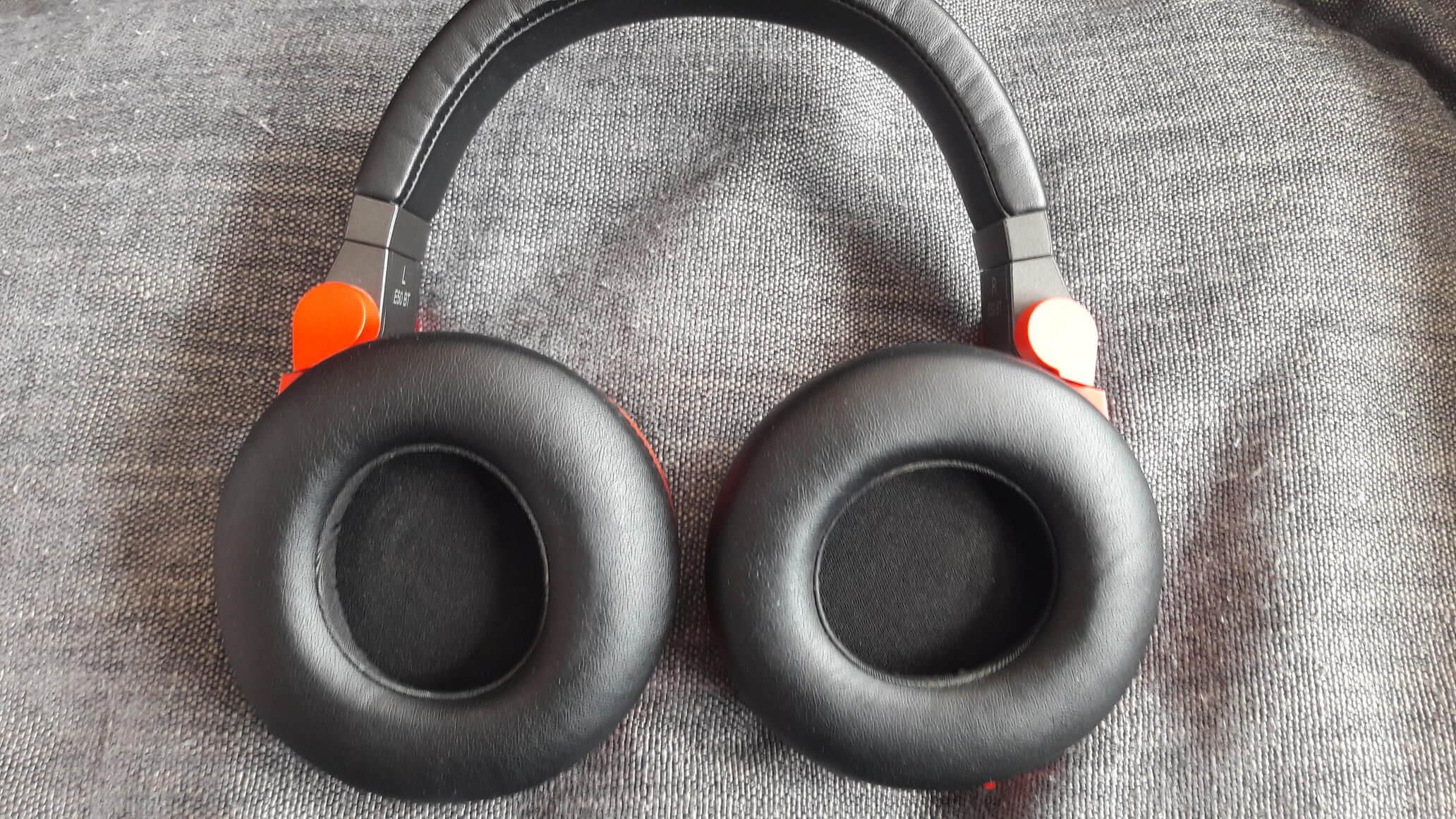 Casque Bluetooth Jbl Synchros E50bt Rouge