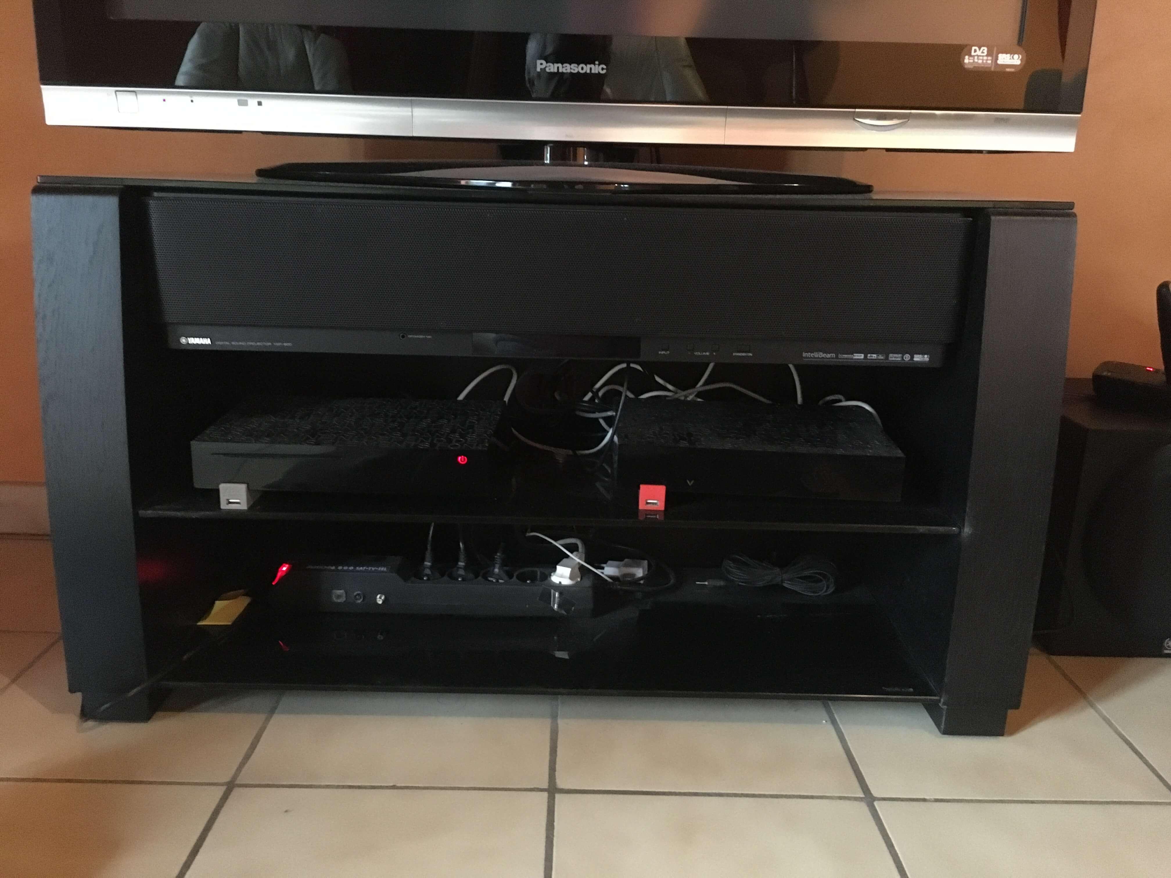 Meuble Tv Hifi Intégré barre de son yamaha ysp-900 avec son meuble tv et caisson de